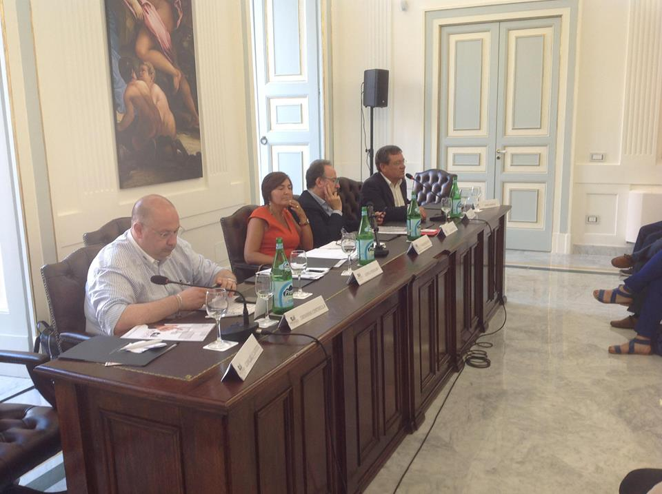 """1 - Tavola rotonda Città Nuove Campania """"Dal Governo Nazionale alle Città. Le industrie della cultura e del turismo per il lavoro"""""""